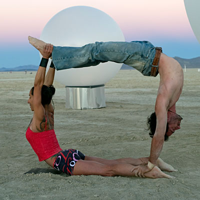 Burningman_AcroYoga_03